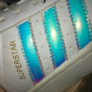 Zapatillas adidas superstar holographic Chrome zapato poshmark